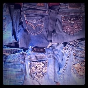 6 Pairs of Damaged Jeans